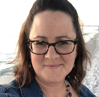 LeadQuine Ellen Patnaude CEO & Founder